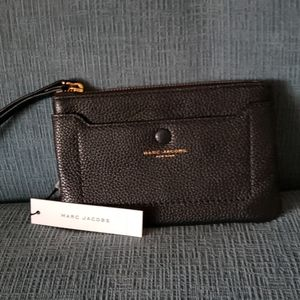 NWT Authentic Marc Jacobs Leather wristlet